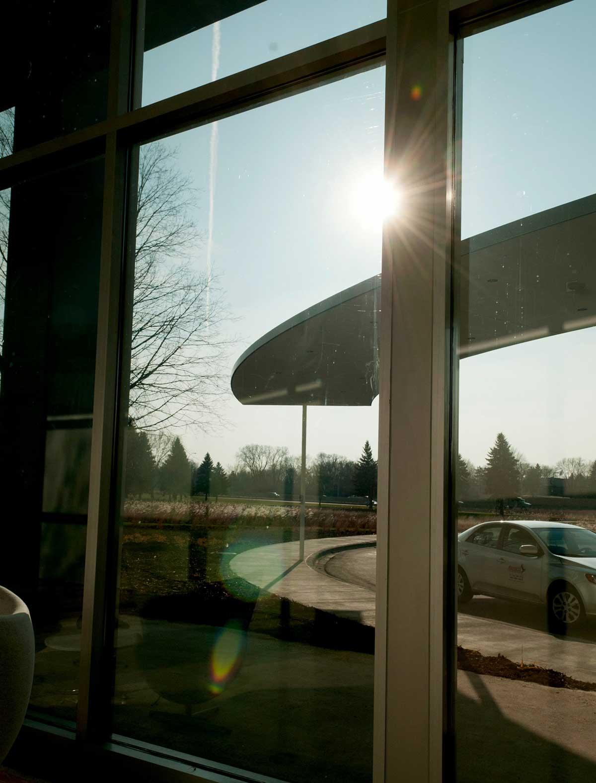 3M™ UV Protection   Prestige Exterior Window Film
